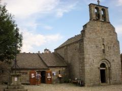La Garde Guerin, l'église